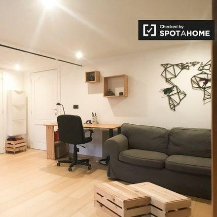 Rent this 1 bed apartment on Rue Égide Van Ophem - Égide Van Ophemstraat 5 in 1180 Uccle - Ukkel, Belgium