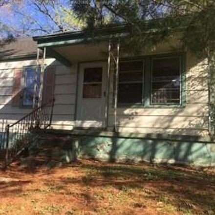 Rent this 3 bed house on 874 South Washington Street in St. Albans, WV 25177
