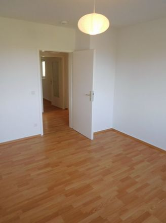 Rent this 3 bed loft on Kaiserswerther Straße 82b in 47249 Duisburg, Germany