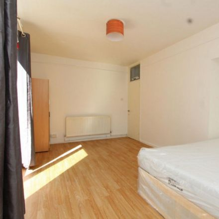Rent this 4 bed room on Belsize Road in London NW6 4RE, United Kingdom