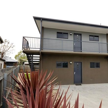 Rent this 2 bed apartment on 5/4 Bryan Street