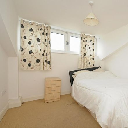 Rent this 2 bed apartment on Parc House in Cowleaze Road, London KT2 6BF