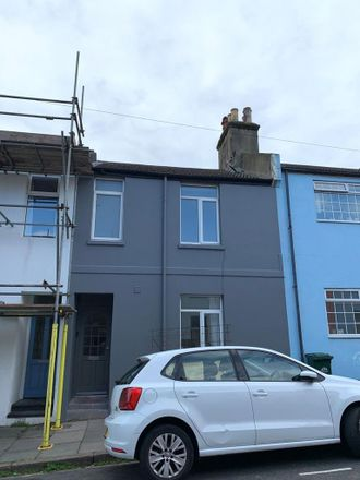 Rent this 5 bed house on Ewart Street in Brighton BN2 9SF, United Kingdom