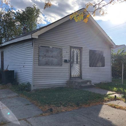 Rent this 3 bed house on Morgan Park in West 110th Place, Chicago