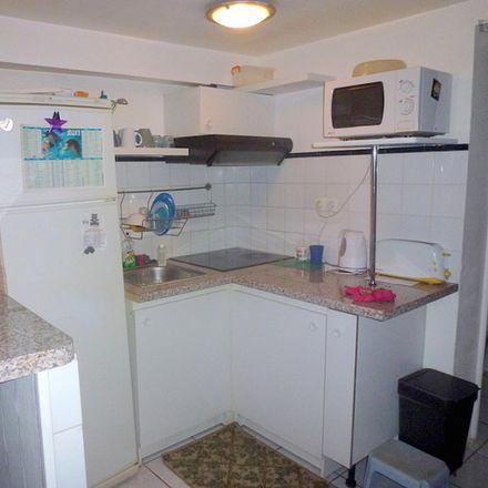 Rent this 2 bed apartment on 26 Rue de l'Avenir in 92170 Vanves, France