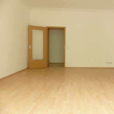 Rent this 2 bed apartment on Barbarossastraße 71 in 09112 Chemnitz, Germany