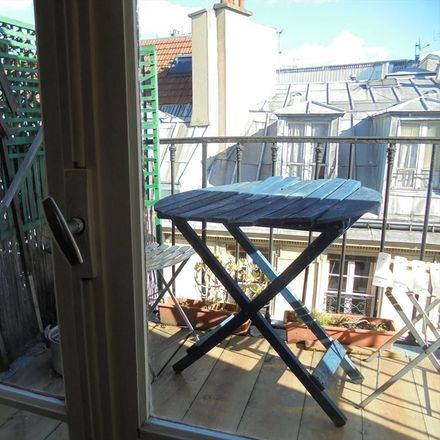 Rent this 2 bed room on Rue Biot in 75017 Paris, Francia