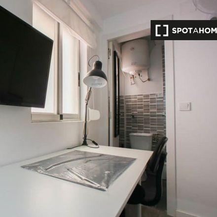Rent this 3 bed apartment on Carrer del Marí Blas de Lezo in 46000 Valencia, Spain