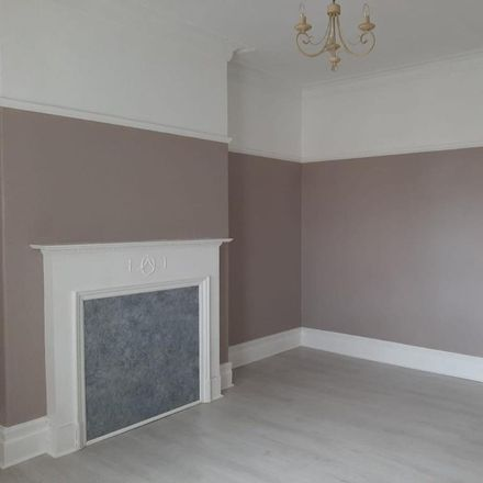 Rent this 3 bed apartment on Paignton Avenue in North Tyneside NE25 8SY, United Kingdom