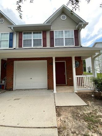 Rent this 3 bed townhouse on 117 Swaying Pine Court in Crestview, FL 32539