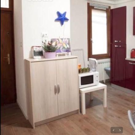 Rent this 6 bed room on Cannaregio in 1002, 30121 Venezia VE