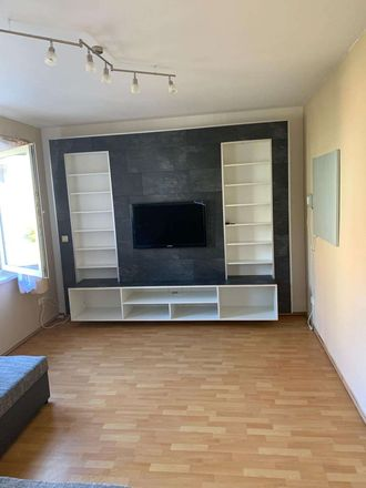 Rent this 2 bed apartment on Amtmannsweg 23 in 98529 Suhl, Germany