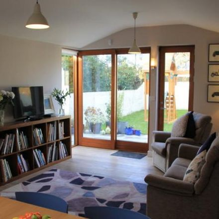 Rent this 3 bed house on 12 Brian Road in Marino, Dublin