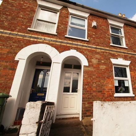Rent this 4 bed room on 8 Hereford Place in Cheltenham GL50 4BE, United Kingdom