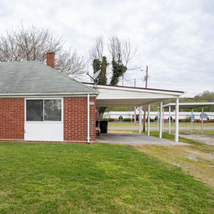 Rent this 2 bed house on 361 Sewanee Avenue in Kingsport, TN 37660