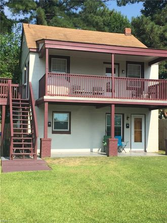 Rent this 1 bed house on 218 Jamestown Avenue in Portsmouth, VA 23704