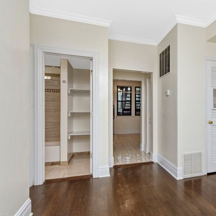 Rent this 5 bed townhouse on 5036-5038 North Kimball Avenue in Chicago, IL 60659