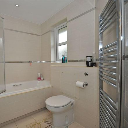 Rent this 2 bed apartment on Green Lane in Shepperton TW17 8DP, United Kingdom