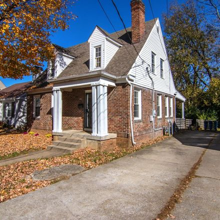 Rent this 3 bed house on 411 Delcamp Drive in Lexington, KY 40508