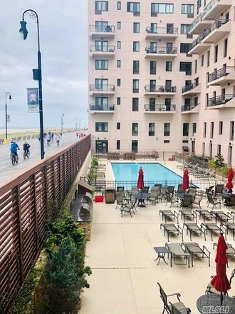 Rent this 1 bed duplex on 100 West Broadway in Long Beach, NY 11561