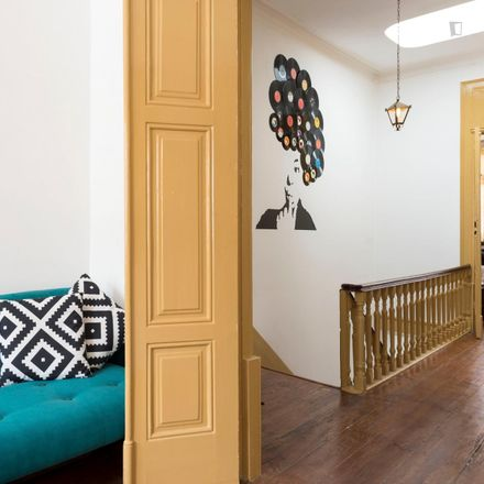 Rent this 2 bed apartment on Santo Ildefonso in Cedofeita, Santo Ildefonso