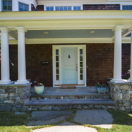 Rent this 5 bed house on 190 Coggeshall Avenue in Newport, RI 02840