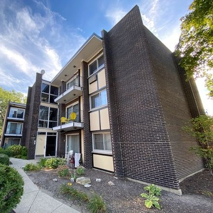 Rent this 2 bed condo on 655 South Boulevard in Oak Park, IL 60302