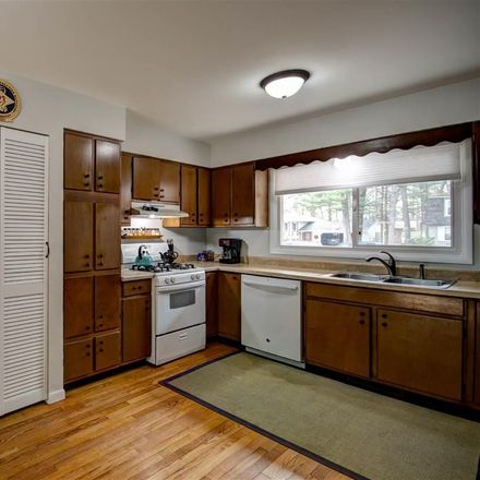 Rent this 3 bed apartment on 1703 Comanche Street in Traverse City, MI 49686