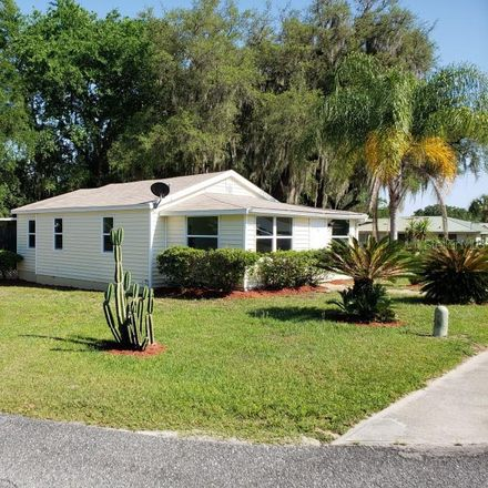 Rent this 3 bed house on 306 North Warfield Avenue in Wildwood, FL 34785