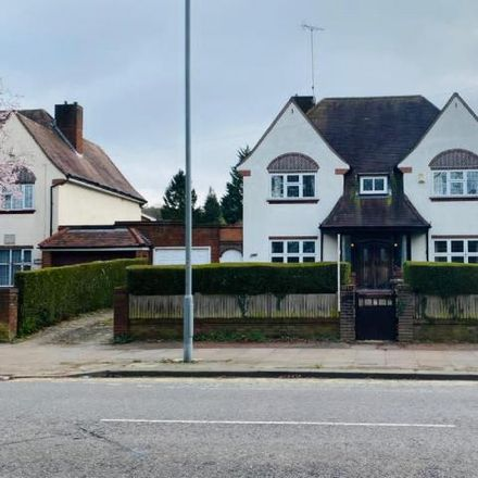 Rent this 4 bed house on Luton LU2 7HP