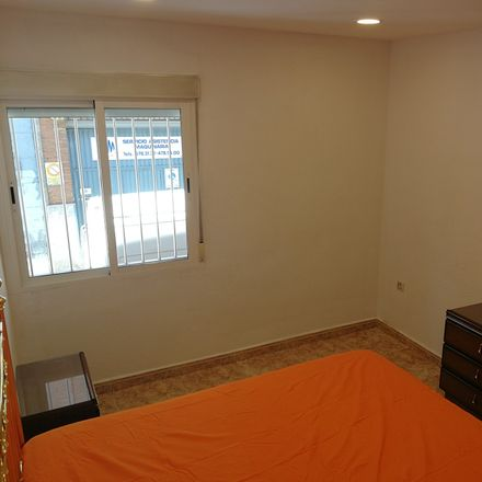Rent this 4 bed room on Calle Puerto Alto in 59, 28053 Madrid
