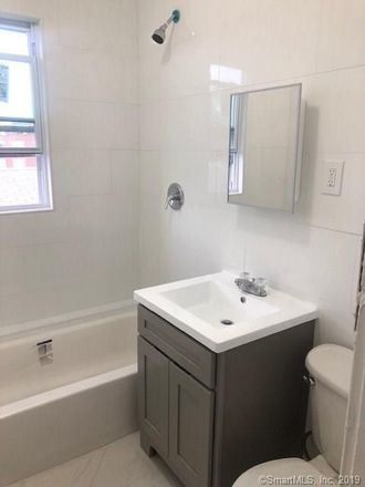 Rent this 2 bed townhouse on 465 Wethersfield Avenue in Hartford, CT 06114