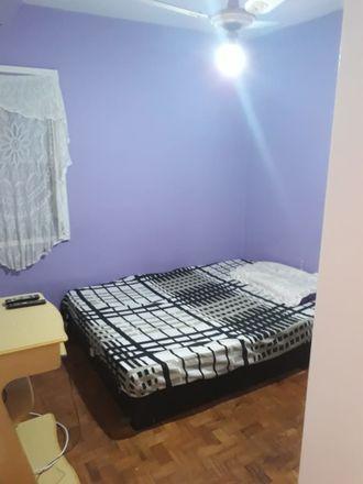 Rent this 3 bed room on Av. Diógenes Ribeiro de Lima in 2000 - Alto de Pinheiros, São Paulo - SP