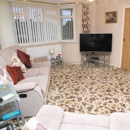 Rent this 3 bed house on Old Barn Road in Amblecote DY8 5XR, United Kingdom