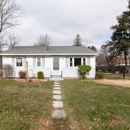 Rent this 3 bed house on 38 Seabee Street in Bedford, NH 03110