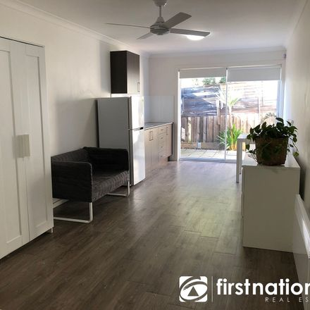 Rent this 1 bed room on 5 & 6/4 Cranbourne Drive