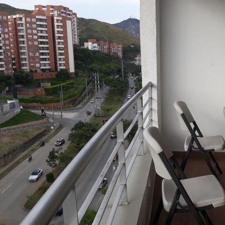 Rent this 3 bed apartment on Carrera 37 in Comuna 19, 760042 Perímetro Urbano Santiago de Cali
