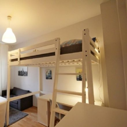 Rent this 1 bed apartment on Kriegkstraße 61 in 60326 Frankfurt, Germany
