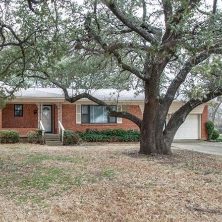 Rent this 3 bed house on 415 Degan Avenue in Lewisville, TX 75057