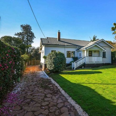 Rent this 3 bed house on 21 Sinclair Street