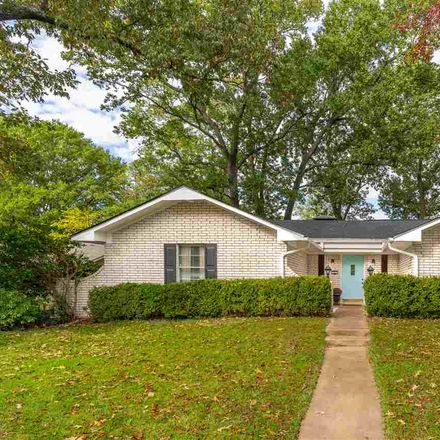 Rent this 3 bed house on Bryn Mawr St in Longview, TX