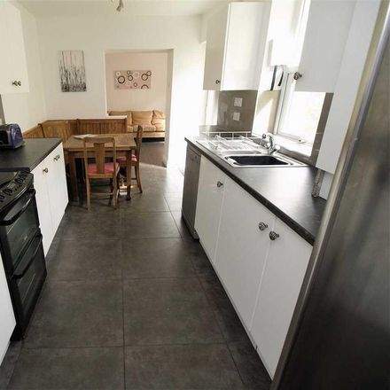 Rent this 6 bed house on Plym Street in Plymouth PL4 8NS, United Kingdom