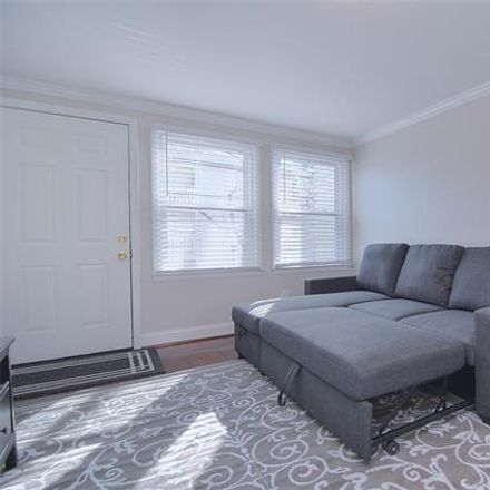 Rent this 1 bed townhouse on 721 North Poplar Street in Charlotte, NC 28202