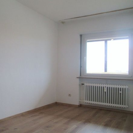 Rent this 4 bed apartment on 66424 Homburg