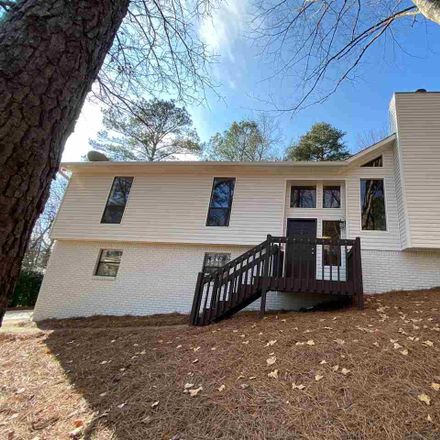 Rent this 3 bed house on 525 Bennett Drive in Alabaster, AL 35007