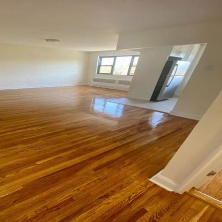 Rent this 2 bed house on 2 Bradley Street in Town of Greenburgh, NY 10522