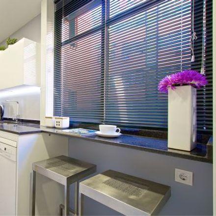 Rent this 2 bed apartment on Ronda de Segovia in 91, 28001 Madrid