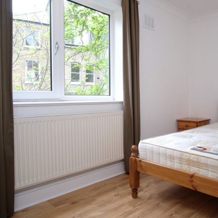 Rent this 5 bed apartment on Petherton Road in London N5 2QZ, United Kingdom