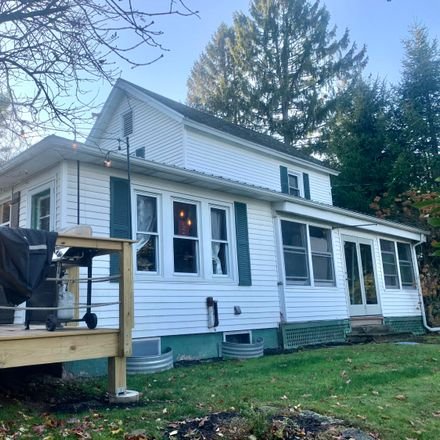 Rent this 3 bed house on 1 Smith Street in Hawley, PA 18428