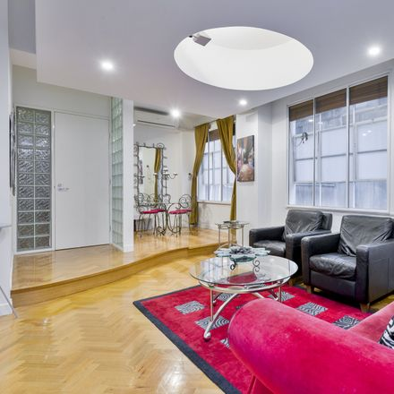 Rent this 2 bed apartment on 4B/237 Flinders Lane